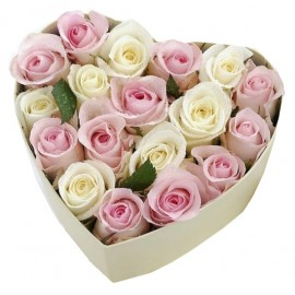 White and pink Roses in flowers box heart shape