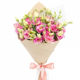 Bouquet of pink lisianthus in craft