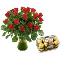 Red roses 40 cm and Ferrero Rocher (select the number of flowers)